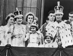 King George with Princess Elizabeth, Princess Margaret and his Queen consort Elizabeth