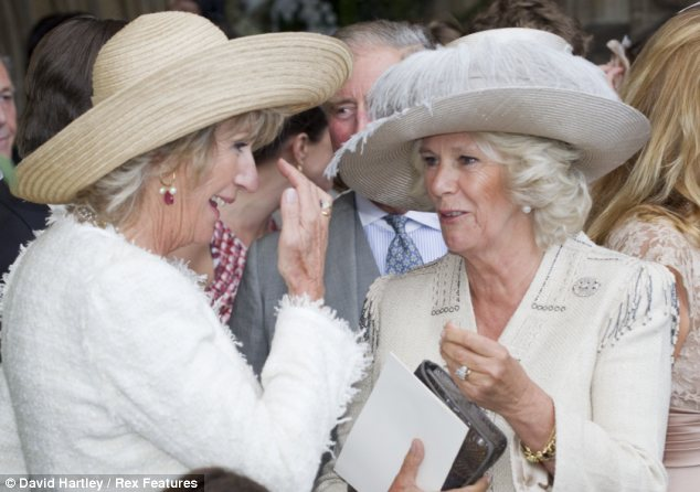 Annabelle and Camilla (via Daily Mail)