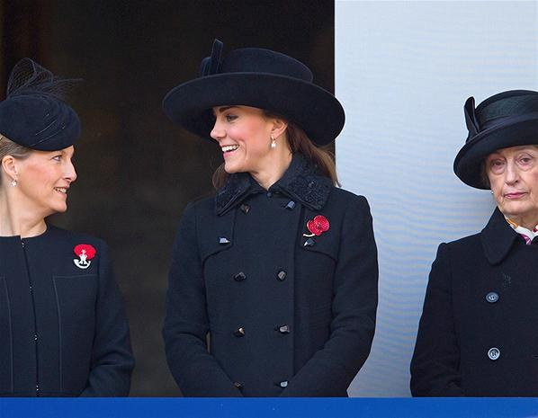 Sophie, Kate, & Lady Susan Hussey (via msn.com)