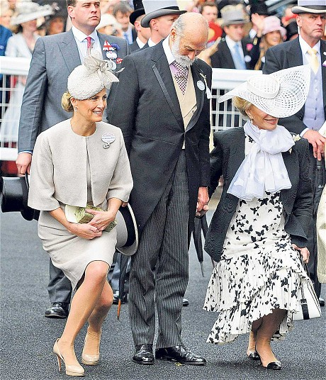 Sophie and Prince and Princess Michael of Kent curtsey to The Queen at Royal Ascot in 2012 (via The Telegraph)