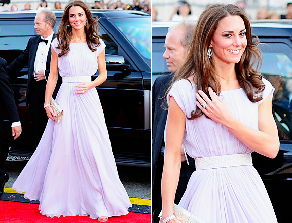 Arriving at the BAFTA dinner 2011 (via Style.MTV.com)
