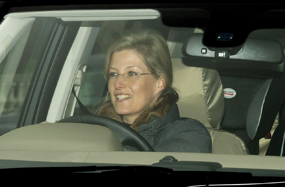 Sophie driving into Buckingham Palace December 2012 (via Hello)