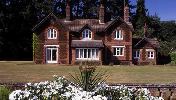 The Garden House on the Sandringham Estate (via )