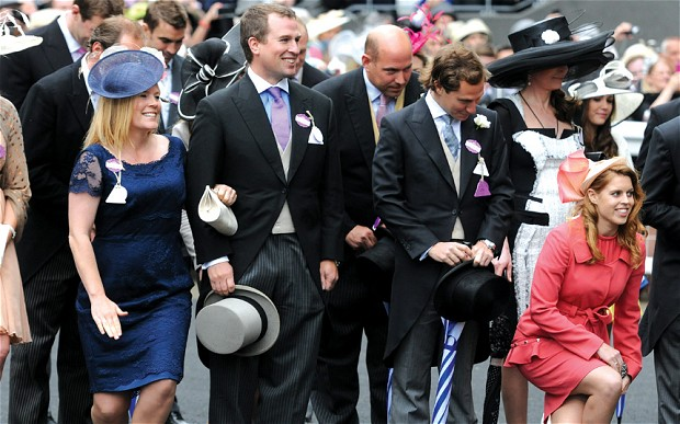 Autumn and Peter Philips and Princess Beatrice bow to the Queen (via The Telegraph)