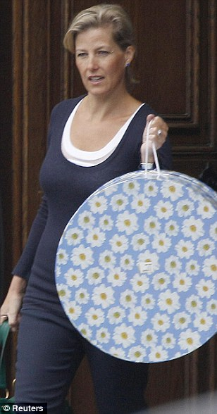 Sophie's hat box after Zara's wedding (via Daily mail)