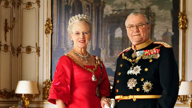 The Queen & Prince Consort (via Kongehuset.de)