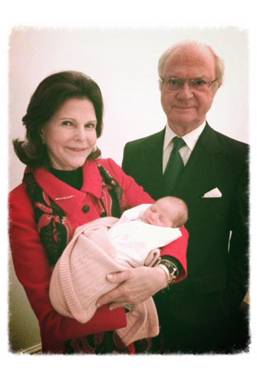 The King and Queen and wee Leonore (Via Princess Madeleine's Facebook Page)