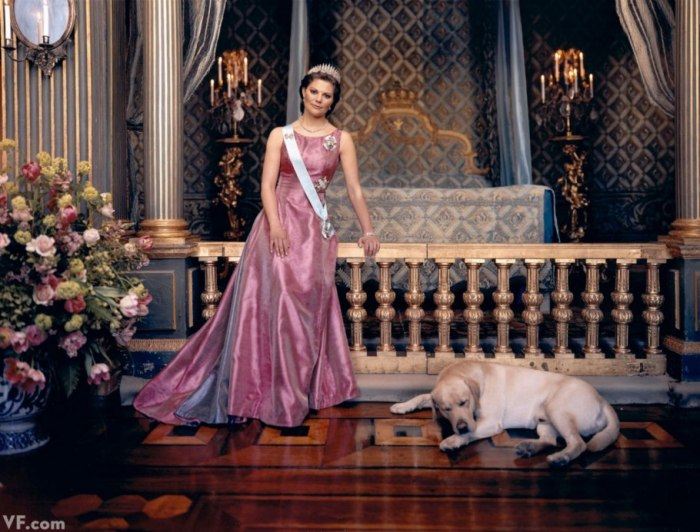 Victoria and her dog (via Vanity Fair)