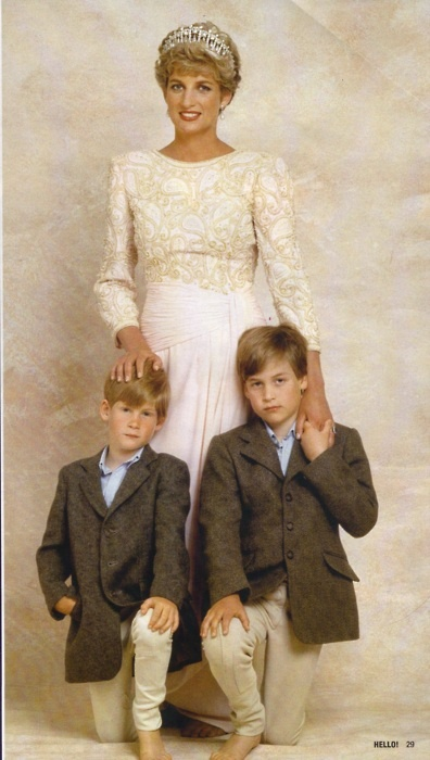Diana with an unimpressed Harry & William (via Tumblr)