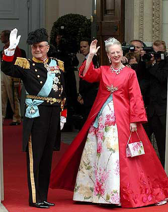 At Prince Frederik and Mary's wedding in 2004 (via Meusa)