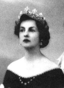 Deborah, Duchess of Devonshire (via Royal Jewels of the World)