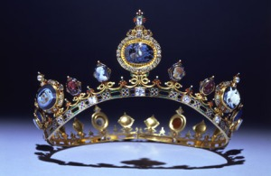 A chatsworth headpiece (via Chatsworth official site)