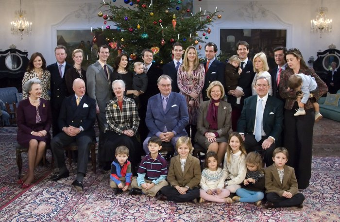 The extended Danish Royal Family gathered together on Christmas Eve, (source)