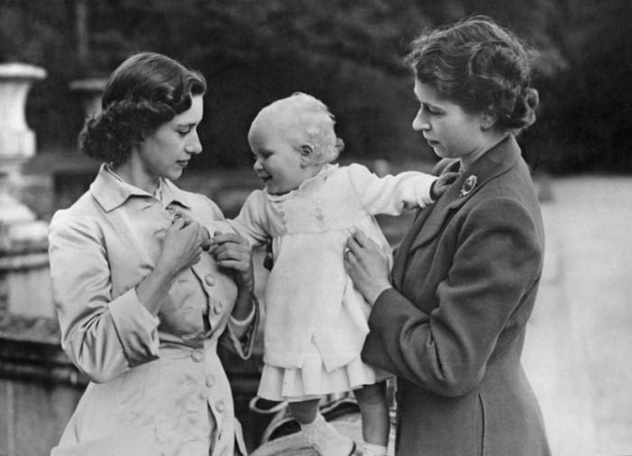 Margaret, Elizabeth, & Anne (source)