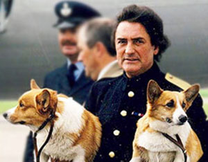 William Tallon with the Queen's corgis (source)