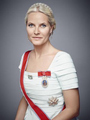A 2016 portrait of Crown Princess Mette-Marit (source)