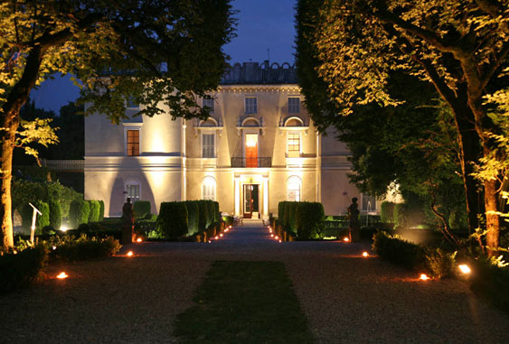 Villa Nizzardi n Moonlight (source)